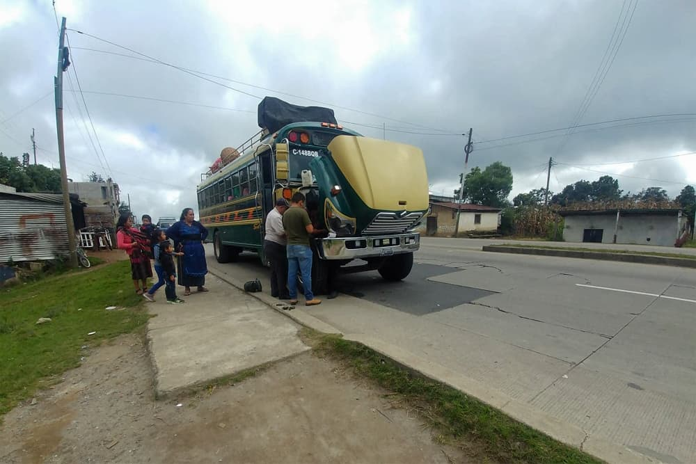 How to Get from El Tunco to Leon