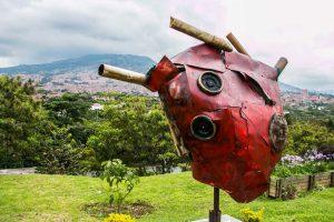 Heart sculpture in Medellin